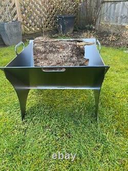 Portable collapsible flat pack fire pit burner